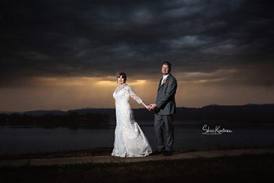 Dubuque Wedding Photographer dubuque wedding photographer kendra greg 1 400x267 dubuque wedding photographer kendra greg 1 400x267